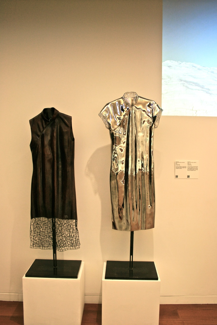 Man Fung Yi : Weaving Intimacy (Body Lines) No. Q5(left) & Q6 (right)